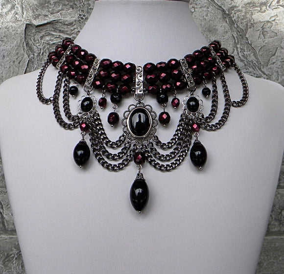 Gothic Enchanting In Chains Choker Garnet And Black