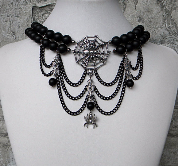 choker necklace with spider charms