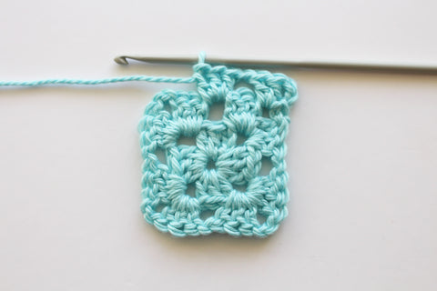 How to stop a granny square twisting
