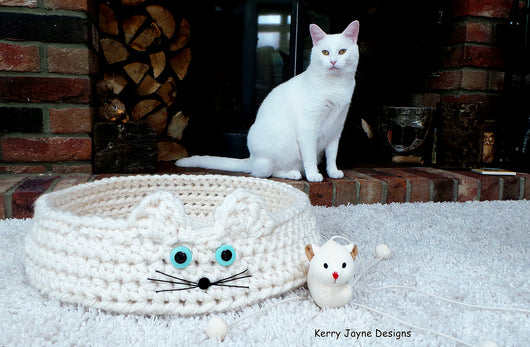 Cat bed crochet