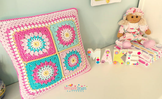 Starry Sun Pillow Crochet Pattern USA