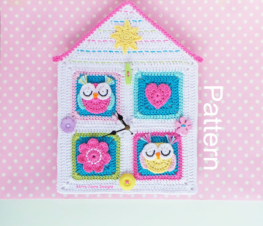 Crochet fun clock house