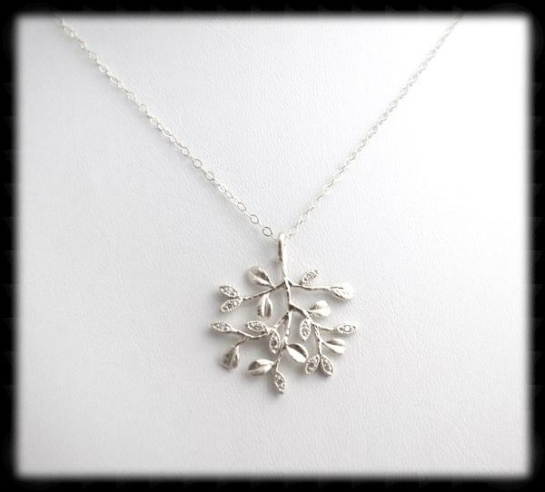 #N-MM002- Cz Tree Chain- Silver