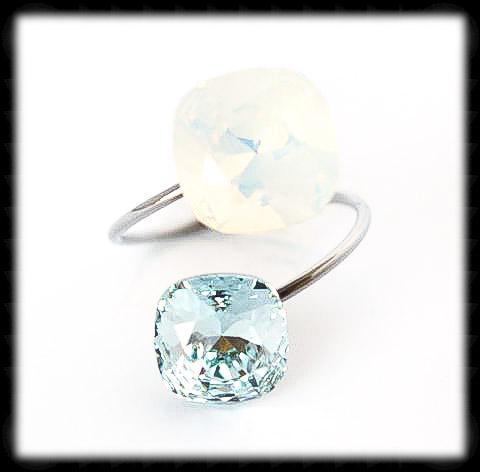#R99211- Sparkling 2 Tone Ring- White Opal Azore