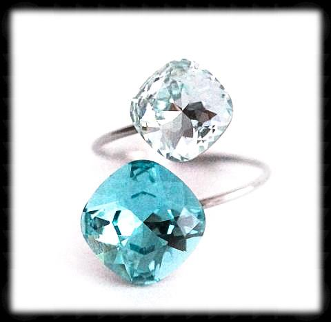 #R9962- Sparkling 2 Tone Ring- Light Turquoise Azore