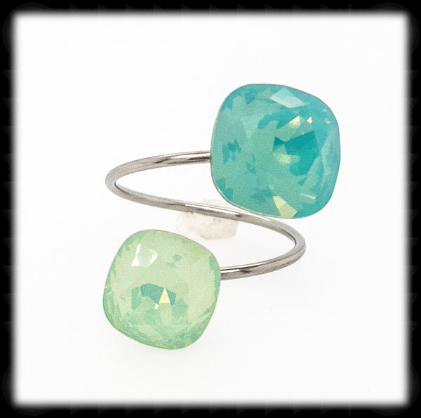 Sparkling 2 Tone Ring- Pacific Chrysolite Opal