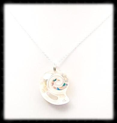 #CRN01- Crystal Shell Necklace- Ab