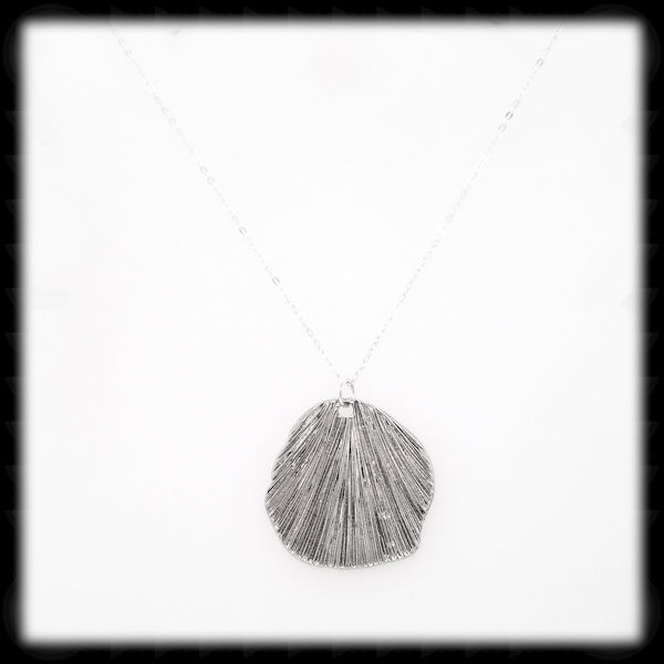 #MMS1N- Textured Shell Necklace- Silver
