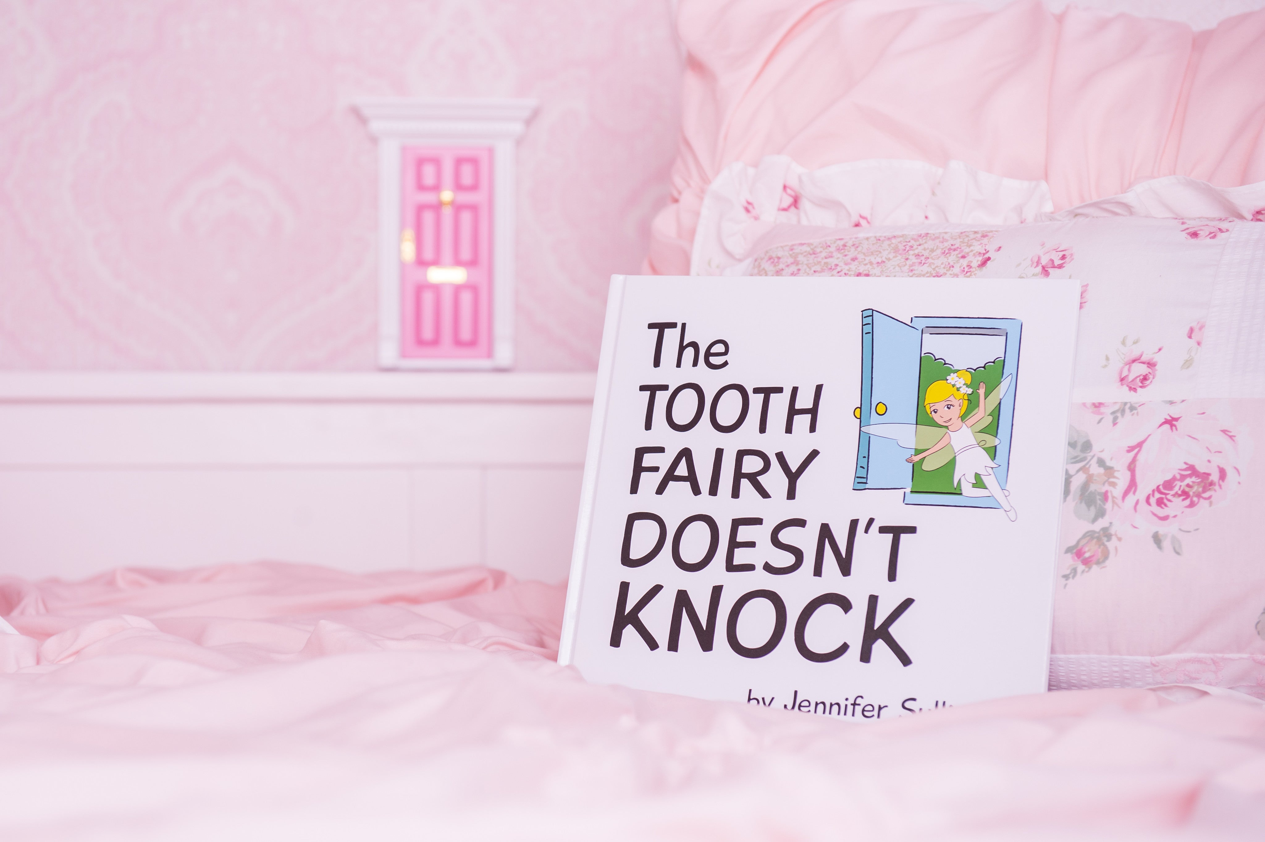 The Tooth Fairy Doesn't Knock Box Set