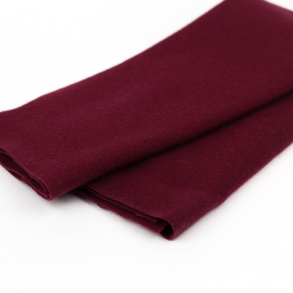 Sue Spargo Wool Fabric - Bordeaux - Fat 1/8th