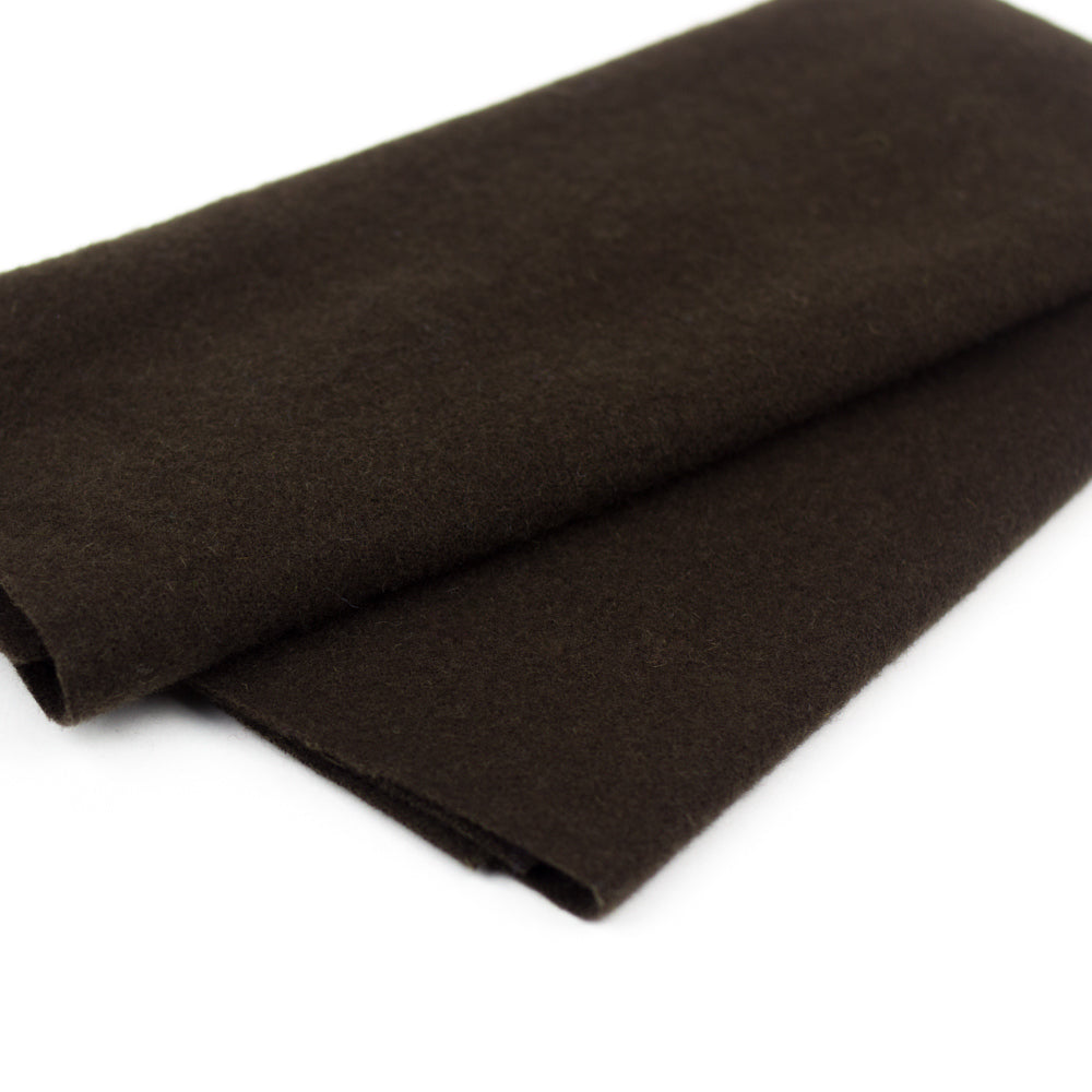 Sue Spargo Wool Fabric - Dark Chocolate - Fat 1/8th