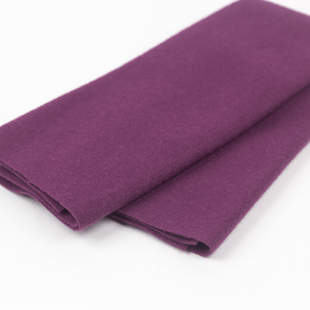 Sue Spargo Wool Fabric - Plum - Fat 1/8th