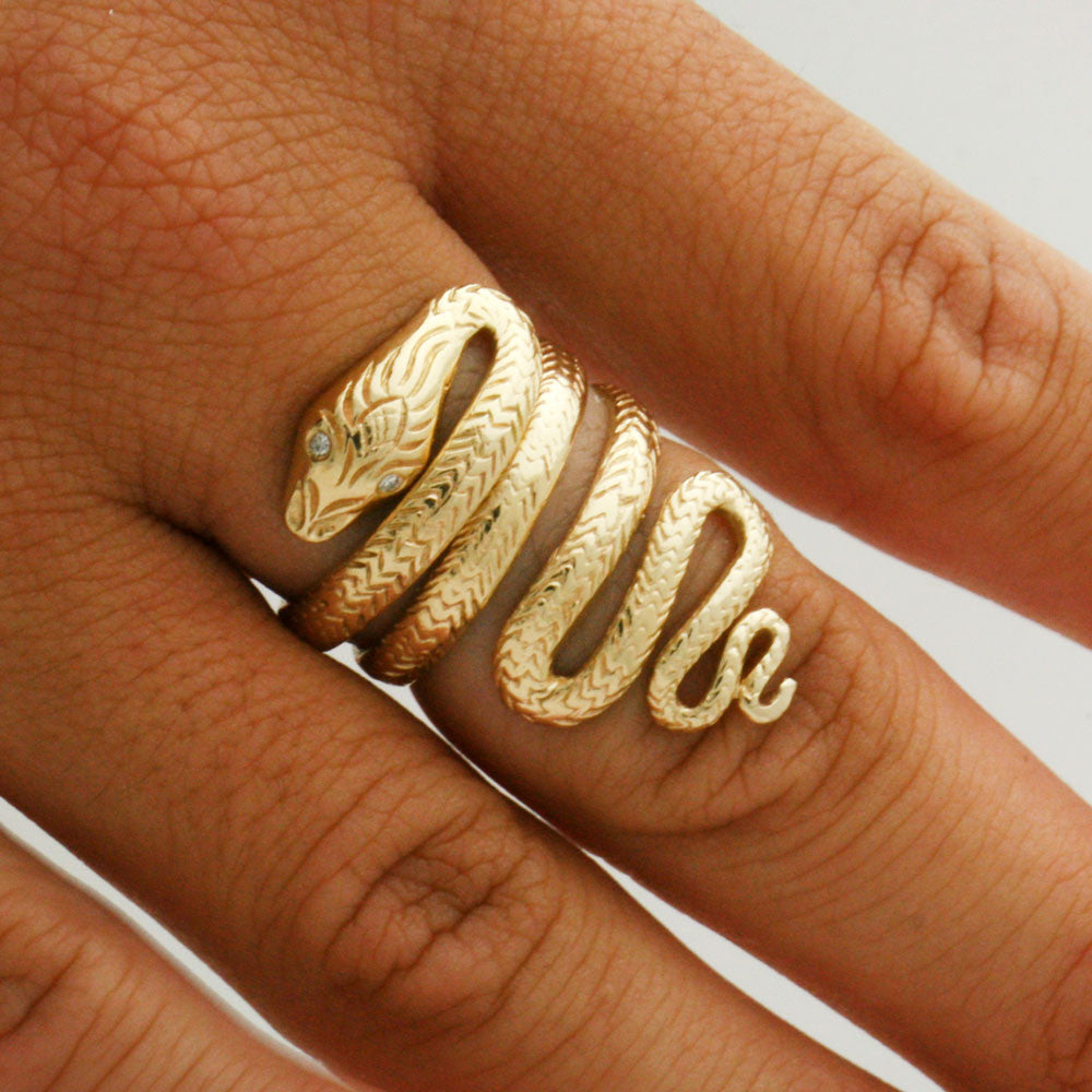 The Meandering Snake Ring