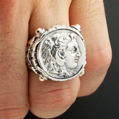 The Royal Antiquity Ring