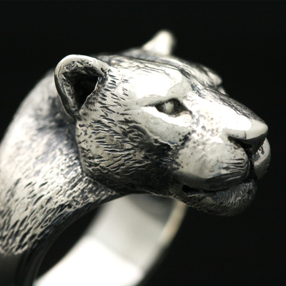 The Burly Leopard Ring