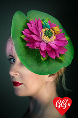 quirky lily pad fascinator with kissing frogs