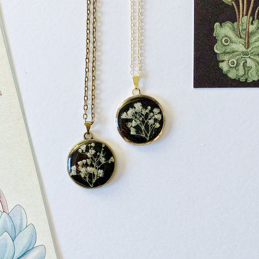 Gypsophila Pressed Flower Necklace - Gg's Pin-up Couture