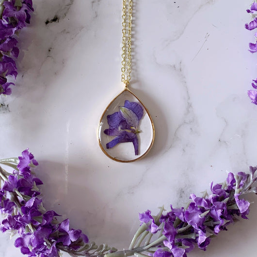 Violet Pressed Flower Necklace - Gg's Pin-up Couture