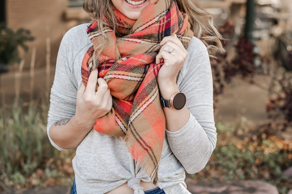 5 Unique Ways to Wear a Blanket Scarf