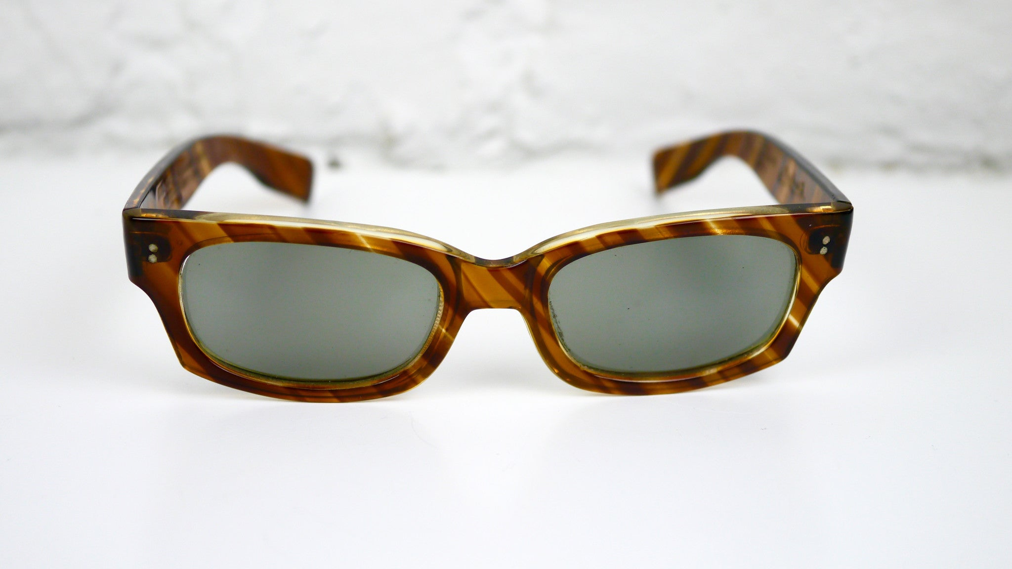 0bb47573065 Vintage Polaroid Cool Ray Sunglasses Styled by Cari Michelle Striped  Tortoise Shell 1950s