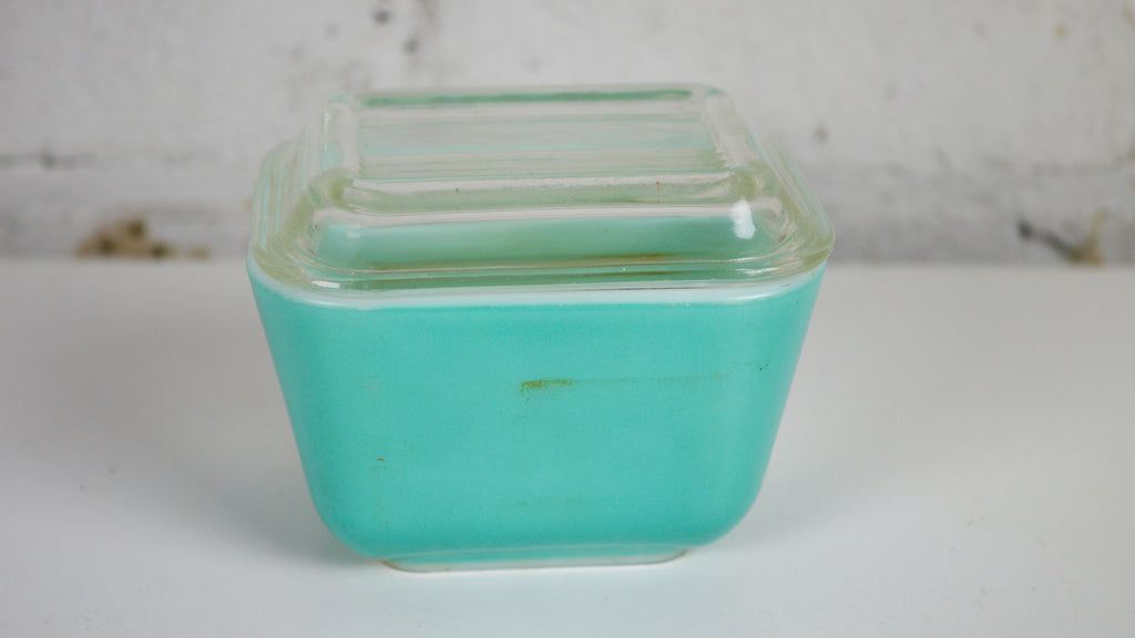 Vintage AS IS Pyrex Turquoise Blue Fridgie 501