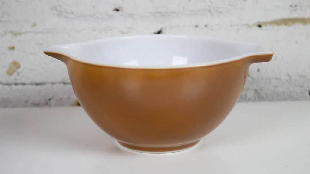 Vintage Pyrex Brown Cinderella Mixing Bowl Small 441
