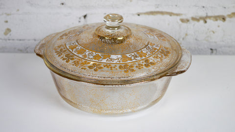 Vintage Mid Century Georges Briard Fire King Casserole Dish Gold Leaves 2 quart