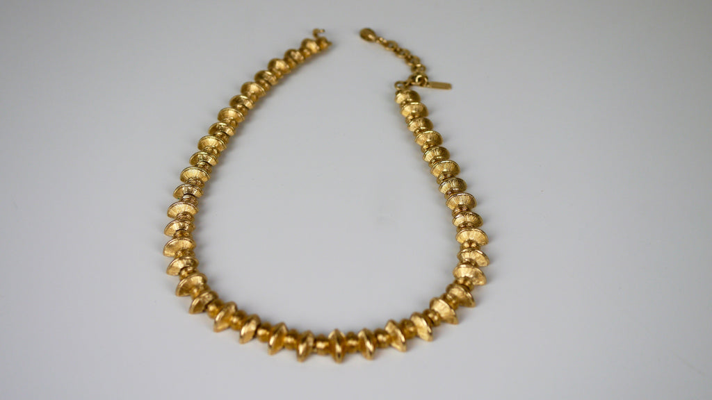 Vintage Mid Century Monet Necklace Abstract Bows Gold Tone