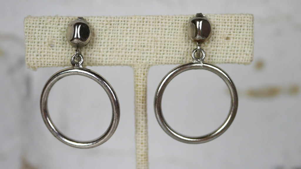 Vintage 1940s Modernist Silver Hoop Screw Back Earrings