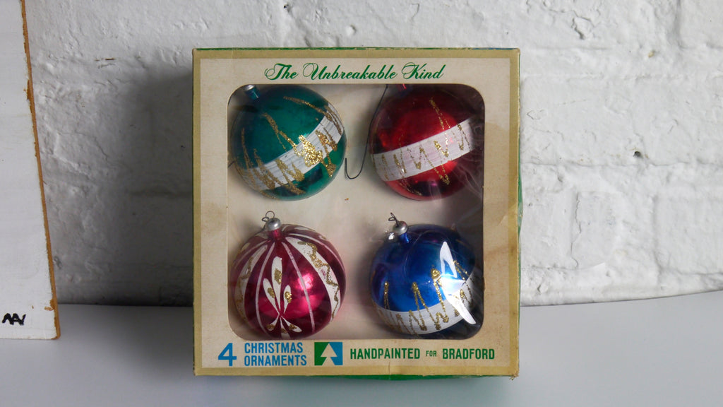 Vintage 1960s Bradford Christmas Ornaments in Box The Unbreakable Kind