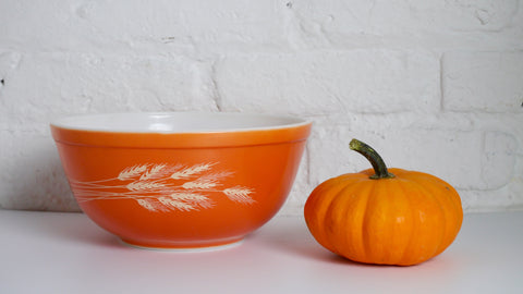 Vintage 1970s Pyrex Autumn Harvest 2.5 quart Mixing Bowl 403 Orange Wheat