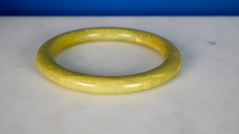 Vintage 1940s Bakelite Bangle Bracelet Light Green Marbled