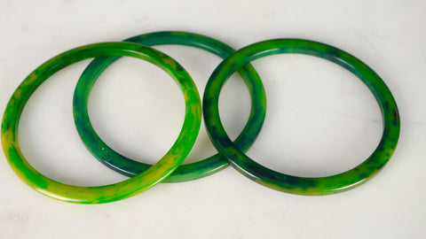 Vintage 1940s Bakelite Bangle Bracelets Spacer Green Marbled Blue Moon set of 3