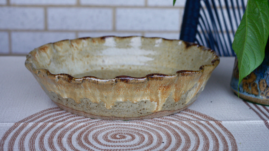 Mid Century Pottery Dish Scalloped Edges Trinket Fruit Bowl