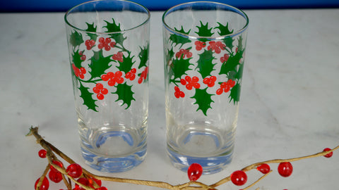 Vintage Christmas Holly Glasses Tumblers Set of 2 Red Green