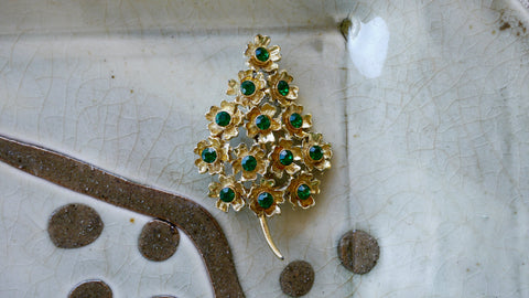 Vintage Mid Century Christmas Tree Brooch Flower Green Rhinestone Gold