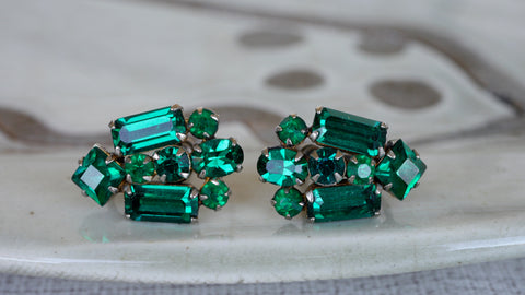 Mid Century Green Rhinestone Screw Back Earrings Art Deco Style