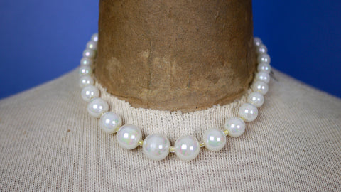 Mid Century Iridescent bead pearl necklace choker Japan