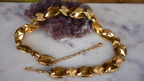 Mid Century Shiny Gold Tone Necklace