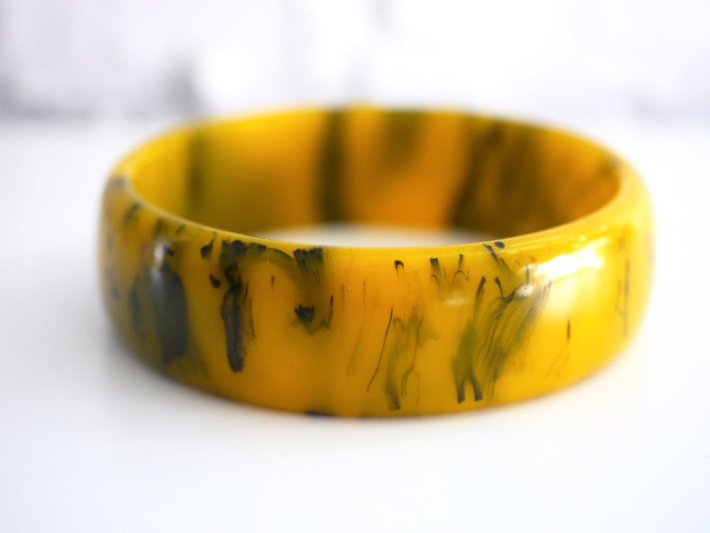 Bakelite Bangle Bracelet Marbled Spinach Green