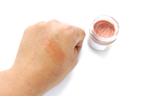 Strawberry Quartz Highlighting Balm