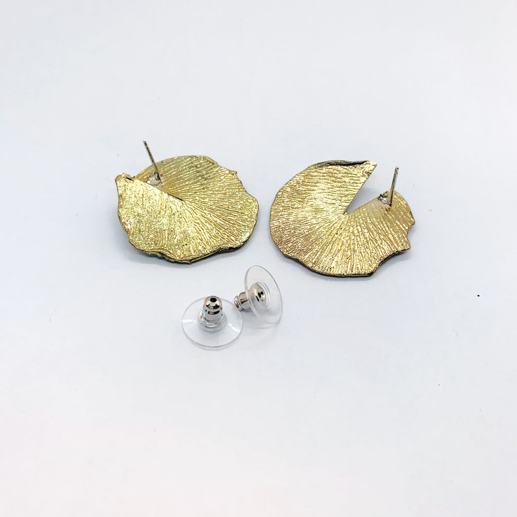 White Feather Designs - Reticulated Twist Studs