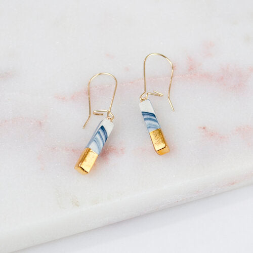 Amber E Lea – Minimal Drop Earrings
