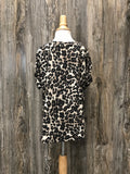 *Kids Twist Sleeve Leopard Top