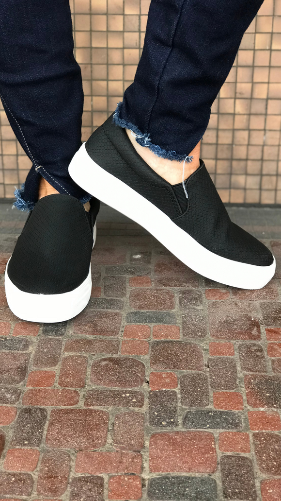 Cobra Texture Slip-On Sneaker