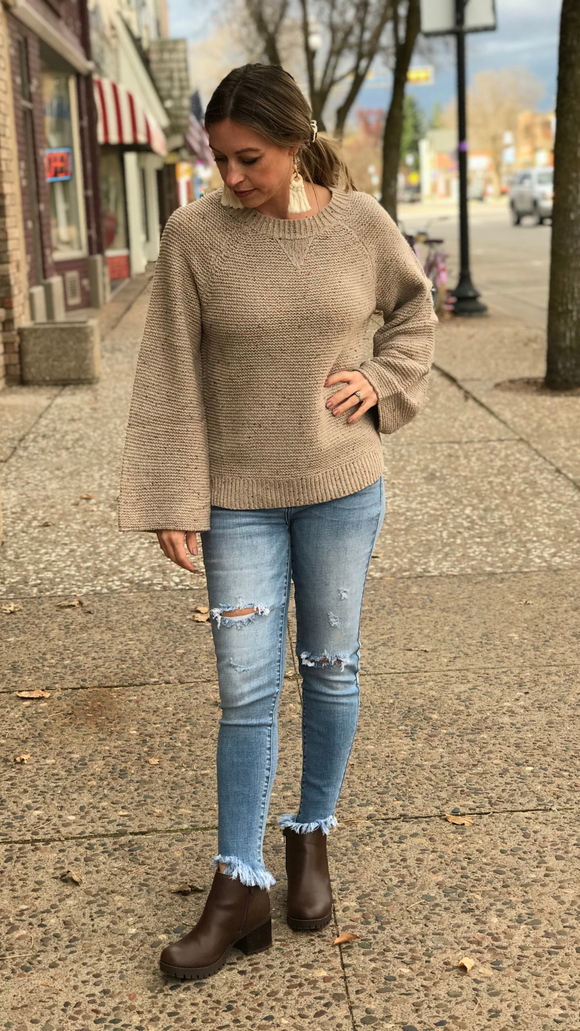 *Round Neck Bell Sleeve Sweater