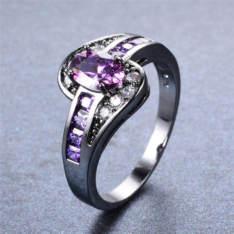 Oval Amethyst Gemstone Ring
