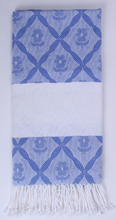 Load image into Gallery viewer, Jacquard Flower Towel