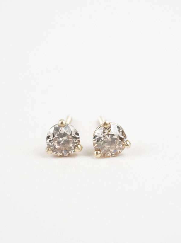Shown: 0.25ct (4mm) antique diamond studs in 14k yellow gold.