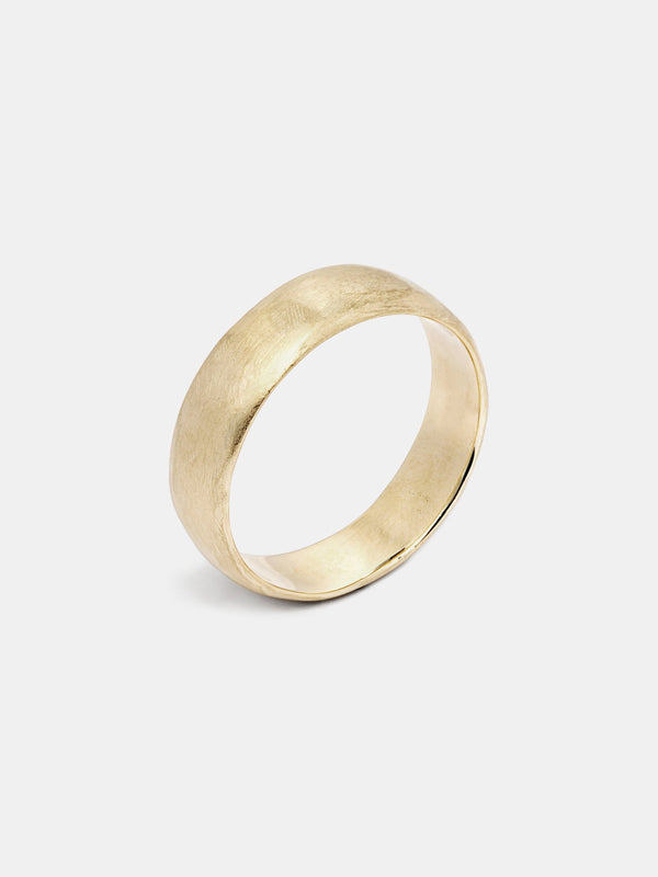 Classic Band in 14k yellow gold with organic texture and signature matte finish.